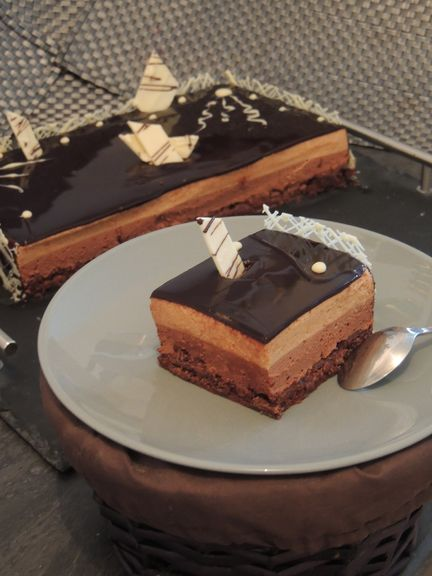 Gâteau d'anniversaire choco praliné, croustillant feuilletine