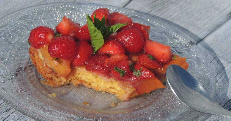 Tarte simplissime aux fraises & pêches – Easiest strawberries & peachs tart