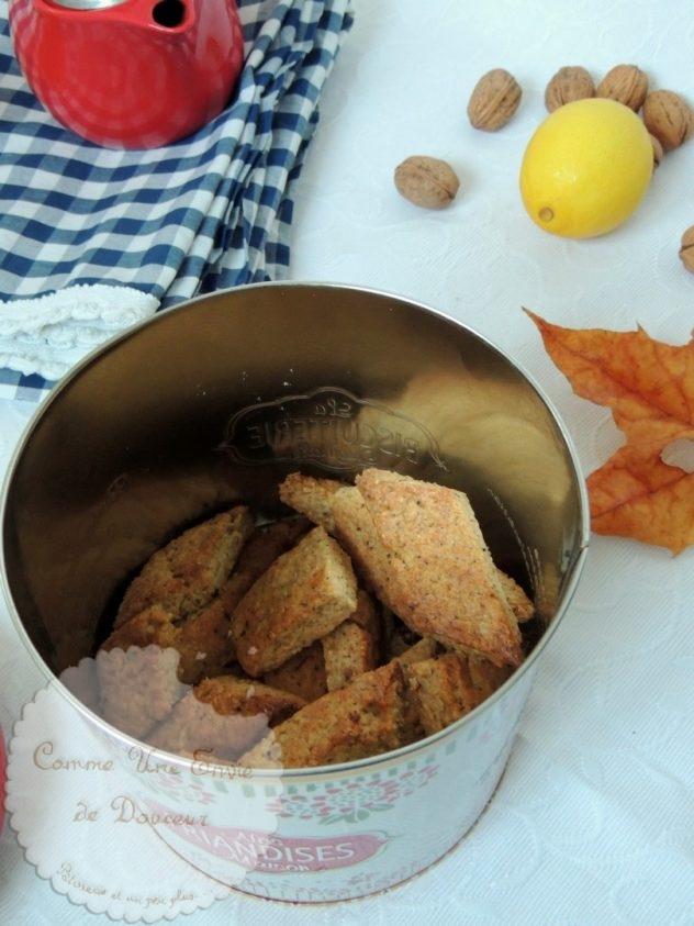 Canistrelli, biscuits croquants aux noix, citron & orange - Crunchy walnut's & lemon biscuits