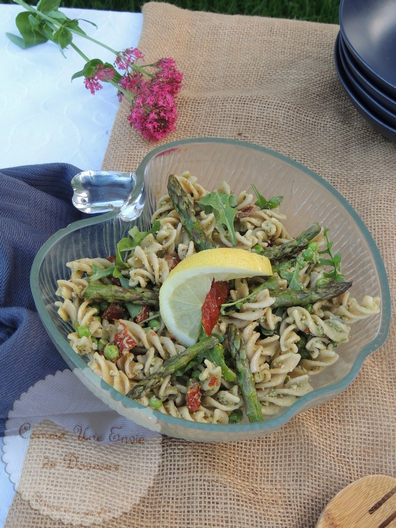 Salade pâtes pesto asperge
