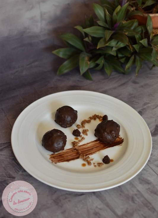 Un dessert tellement choux ~ Chocolat caramel & tonka