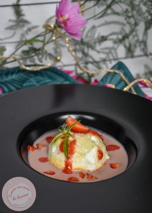Oeufs neige ~ Crème anglaise à la fraise