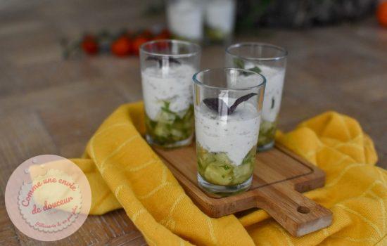 Verrines apéro ~ Mousse de fromage blanc aux herbes & concombre