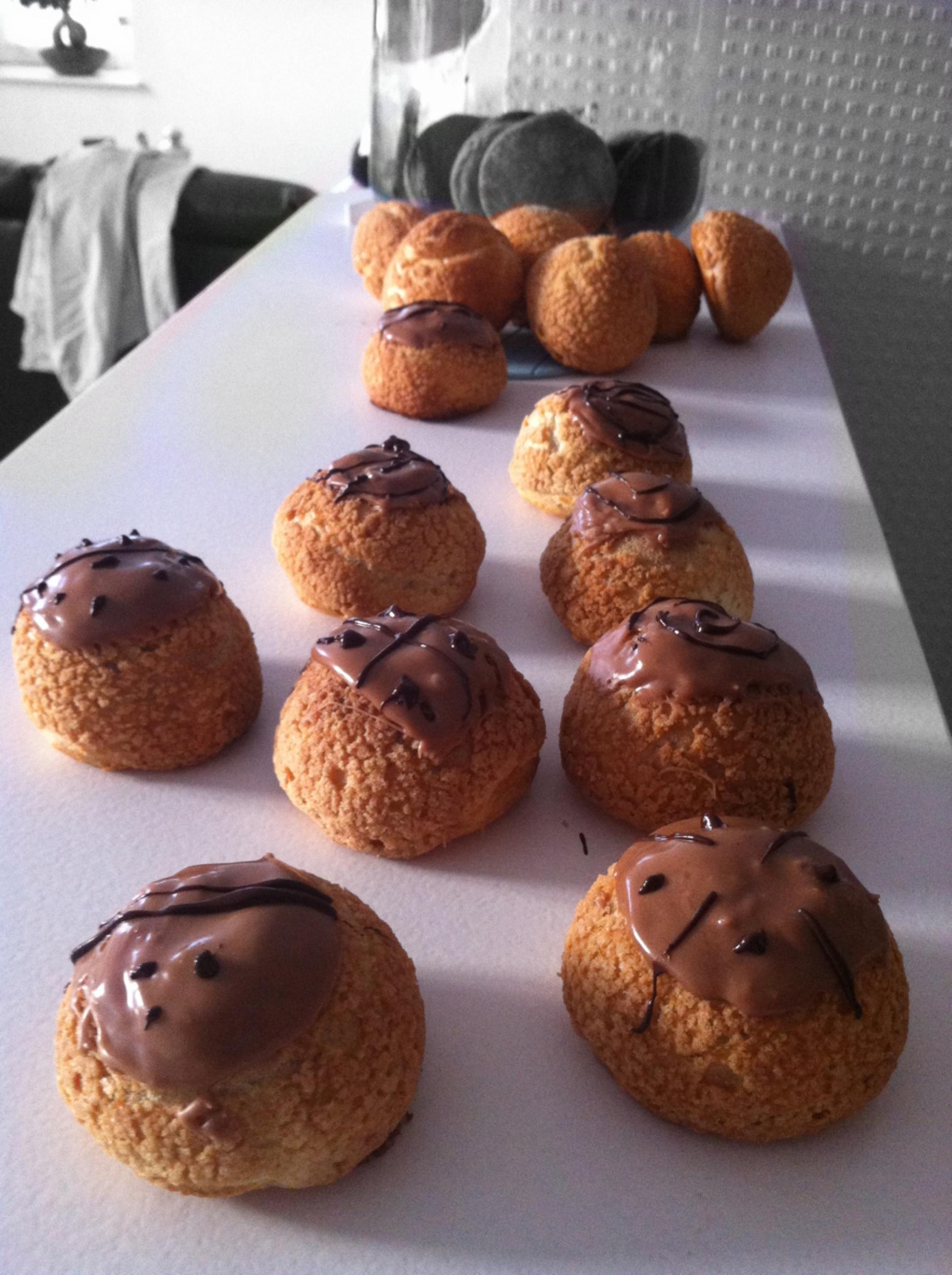Choux craquelins, crème pâtissière aux marrons