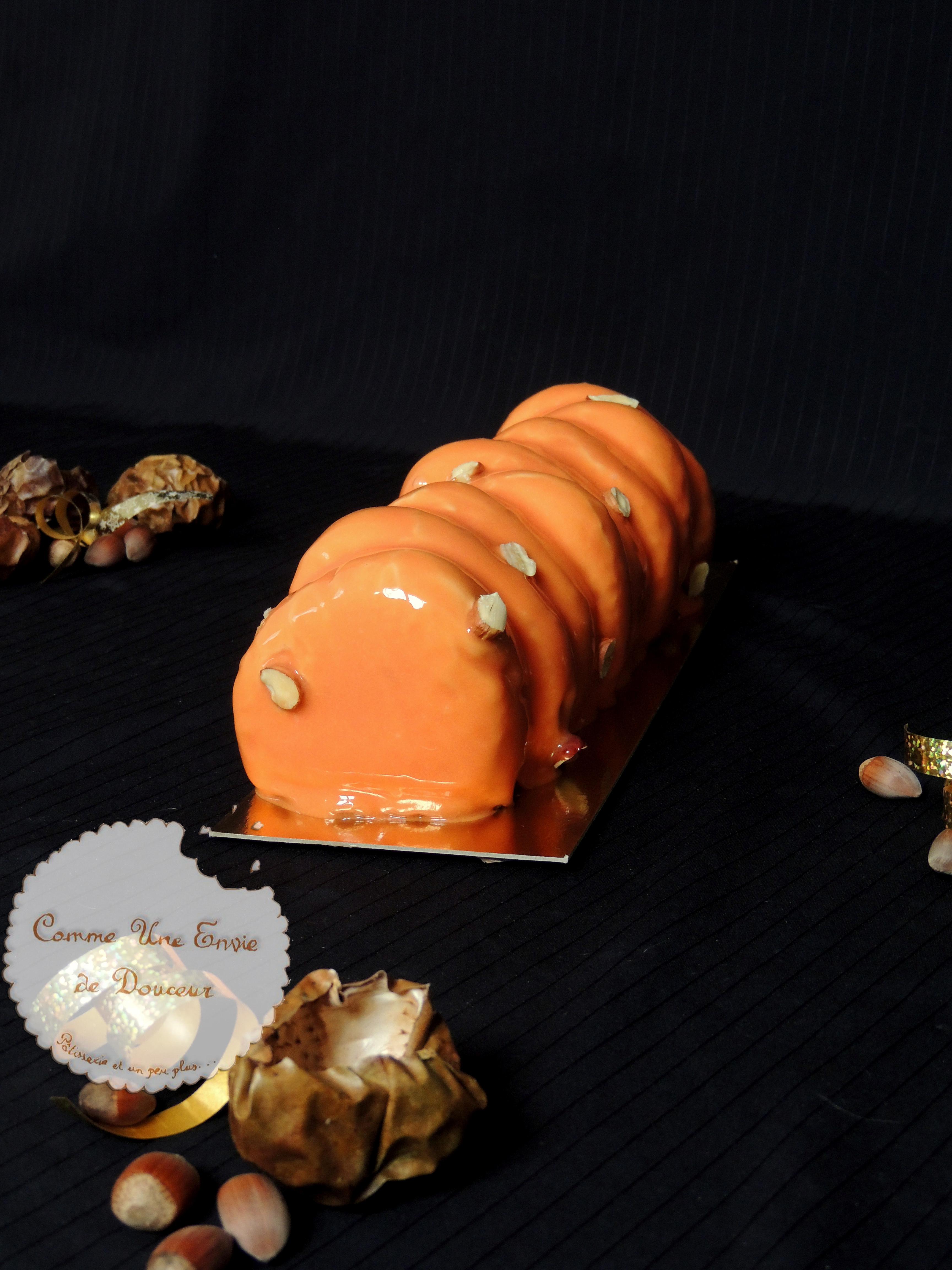Bûche Passionette – Xmas log passion fruit & hazelnut