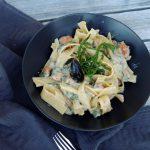 Tagliatelles maison, moules & salicorne, sauce légère anisée